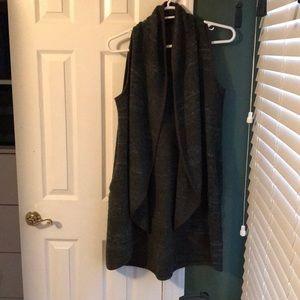 Cardigan sweater. L/XL